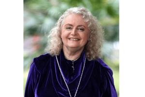 Gabriella Kovac Female Author Australia